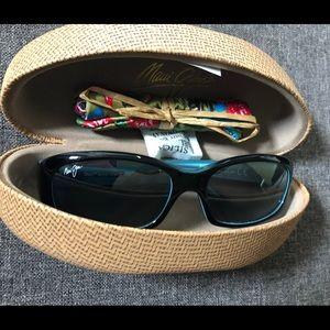 Brand new Maui Jim Punchbowl polarized sun glasses